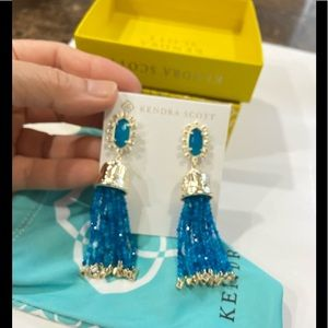 Kendra Scott Earings brand new with tag